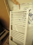 Loco straight towel rail 500 x 1000, ex-display. Please note, this lot may contain marks, missing