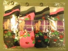 12 Pairs of Ladies Design Socks Size 4-7 New & Packaged