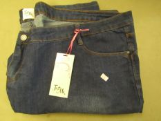 Just Me Jeans 28/31 New With Tags