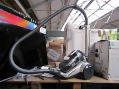 Hoover Vision Reach vacuum cleaner, tested working but filter needs cleaning.