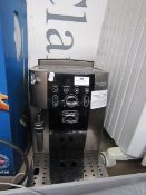 Delonghi Magnifica S bean to cup coffee machine, powers on but not tested all functions. RRP £349.
