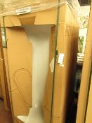 1600 x 700 Plain steel bath tub, new and packaged. Includes feet if necessary