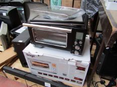 Sage Smart Oven with air fryer feature, tested working in that we have powered it on and set the