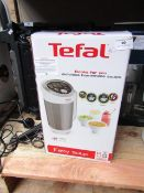 Tefal easy Soup Maker, boxed, powers on but we havent tested it any further.
