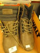 Costco KHOMBU brown boots size 8 new and unboxed