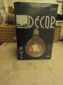 Diall Decur E27 LED Light Bliub new & boxed