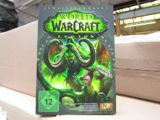 100x World of Warcraft Legion games, new and still sealed, these games and the packaging are in what