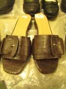 1 x JD Williams Flexi Sole Brown Buckle Mule Sandals size 4 new see image for style