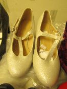1 x JD Williams Heavenley Soles Occasion Silver Shoes size 4 new see image for style