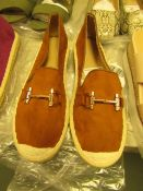 1 x JD Williams Tan Trim Espadrille Loafers size 4 new see image for style