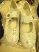 1 x JD Williams Light Blue Leather Bar Shoes size 4 new see image for style