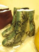 1 x JD Williams Ankle Green Snake Boots size 4 new see image for style