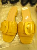 1 x JD Williams Flexi Sole Ochre Buckle Mule Sandals size 4 new see image for style