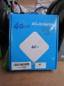 4G Lite 4G antenna, unchecked and boxed.