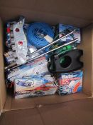 1x BOX OF VARIOUS TOOLS 379 This lot is a Machine Mart product which is raw and completely unchecked