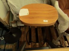 | 1X | COX & COX INDUSTRIAL STYLE OAK & METAL COUNTER STOOL | SEAT IS CHIPPED | RRP £225 |