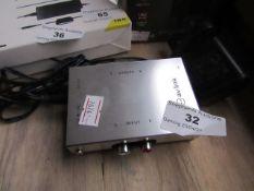 AV Link Pre-Amplifier for Turntables, Unchecked.