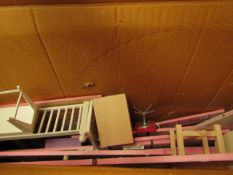 1 X COSTCO PLAY DOLLS HOUSE UNCHECKED (UNSURE IF ALL PARTS ARE PRESENT)