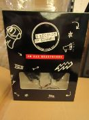 5 x sets of 5 Seconds of Summer On Ear Headphones RRP £8.99 each on ebay new and boxed
