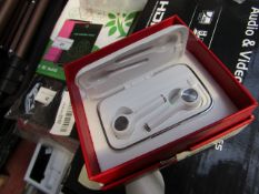 True OR02 TWS Headset, White   Unchecked & Boxed