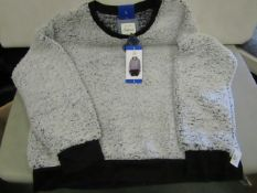 Jachs Girlfriend Fleect Top Ladies Black/White Size L New With Tags