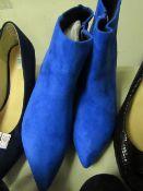Ladies Unbranded Blue Suede Style Boots Size 4 Look Unworn