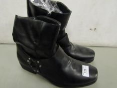 Mens Black Boots Size 47 New