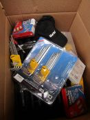 1x BOX OF VARIOUS TOOLS 510 This lot is a Machine Mart product which is raw and completely unchecked