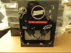 5x 5 Seconds Of Summer - On-Ear HeadPhones - Unused & Boxed.
