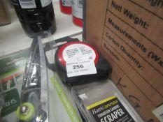 B&Q - Tape Measurer 5M - Unused.