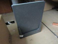   1x   MADE.COM 2 PIECE CUTTING BOARD BLUE   NO VISIBLE DAMAGE & NO BOX   RRP £59  