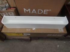 1 x Made.com Esme Floating Shelf White RRP £49 SKU MAD-SHLESM029WHI-UK TOTAL RRP £49 This lot is a