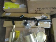 1 x Made.com Huldra Wall Hooks Black Metal & Wood RRP £29 SKU MAD-STOHUL007BLK-UK TOTAL RRP £29 This