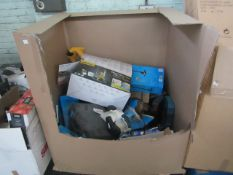 1x Pallet containing approx 10-15 items, including garden tools, power tools & more