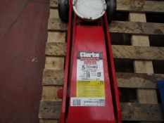 1x CL JACK CTJ5GLS 5TON 1002 This lot is a Machine Mart product which is raw and completely