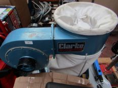1x CL DUST CDE7B 230V 7 997 This lot is a Machine Mart product which is raw and completely unchecked