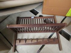 1 x Made.com Clover Acacia Wood Wall Mounted Storage Shelf Natural RRP œ69 SKU MAD-KACCLO001NAT-UK