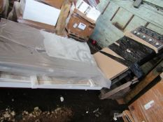 2 X PALLETS CONTAINING A WHITE WOODEN SINGLE BED FRAME & A TEMPUS BED FRAME. ALL UNCHECKED