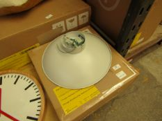 1 x Made.com Chicago Wall Lamp Muted Grey & Brass RRP £59 SKU MAD-WLPCHI113GRY-UK TOTAL RRP £59 This