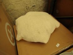 1 x Made.com Elona Bedside Table Dusk Pink and Copper RRP £129 SKU MAD-BSTELN124PNK-UK TOTAL RRP £