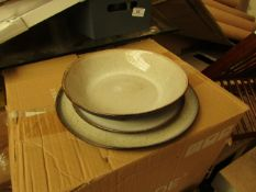   1X   MADE.COM KRISHA 12 PIECE DINNER SET   SPECKLED WHITE & CHARCOAL   UNCHECKED & BOXED   RRP £