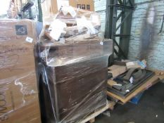 Mixed pallet of Swoon Editions customer returns to include 5 items of stock with a total RRP of