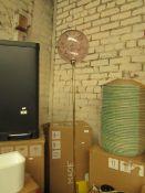 1 x Made.com Ilaria Single Floor Lamp Pink RRP £99 SKU MAD-AP-FLPILA024PNK-UK TOTAL RRP £99 This lot