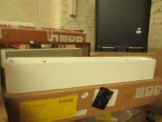 1 x Made.com Esme Floating Shelf White RRP £49 SKU MAD-AP-SHLESM029WHI-UK TOTAL RRP £49 This lot