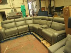 Pulaski 6 piece corner sofa, very good condition just has some minor imperfections such as a few