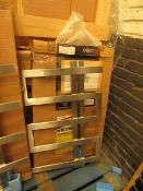Carisa Ibiza towel Radiators 500 x 770mm, unchecked and boxed. Please note, this radiator is ex-