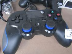 Unbranded PS4 controller wired, unchecked, no box