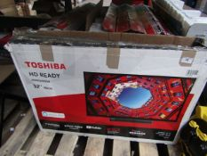 """  1x   TOSHIBA 32"""" HD READY TV / BUILT IN ALEXA   POWERS ON, STAND PRESENT, REMOTE CONTROL   BOXED  """
