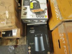 | 4X | ITEMS 3 X 3 IN 1 SANDWICH MAKERS & 1.6L SOUP MAKER | UNCHECKED & BOXED | NO ONLINE RESALE |