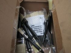 Box Containing 20 Paint Brushes - Unused & Packaged.